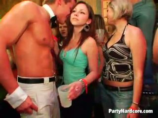 שתוי נוער bitches got roughly מזוין ב a מועדון