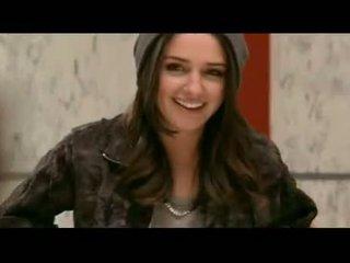 Addison timlin shows 그녀의 뜨거운 비탄 가슴 과 바보 에