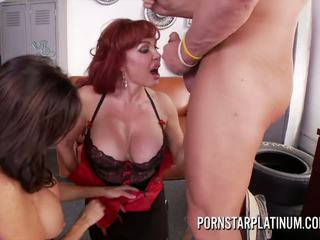 Tara holiday en sexy vanessa neuken de mechanic