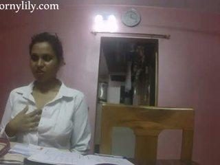 Indisk kön läraren kåta lily kärlek lesson