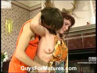 Lillian y marcus irresistible envejecida dama dentro acción
