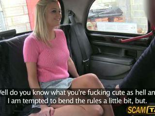 Sienna gets un ricatto cazzo in il auto
