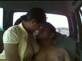 Ấn độ cặp vợ chồng xe hơi giới tính video
