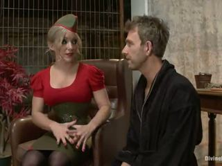 Piccante grande titted bionda dia zerva having un fellow strapon bumped in tied vid