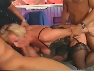 團體性交, 肛門, 鋼棒