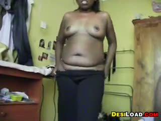 Indian Aunty Gets Naked
