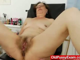 Playful ripe gyno në the clinic
