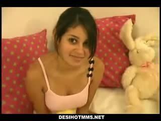 Sexy india facultad estudiante caliente sexo con tuto