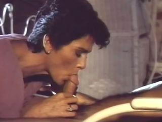 Ταμπού αμερικάνικο στυλ 1 - 1985, ελεύθερα μαμά πορνό cf