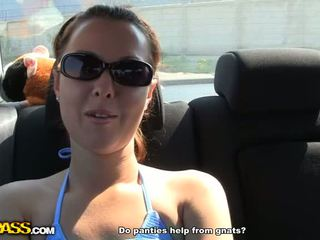 Hot outdoor fuck and squirt Video