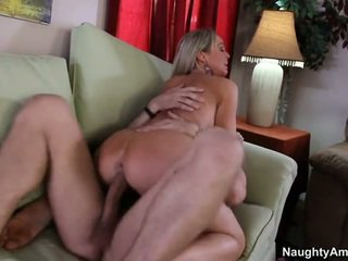 Bigtitted γείτονας, abbey brooks