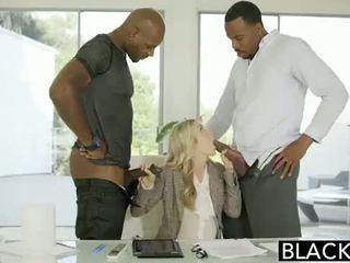 Blacked cuckold antara kaum lucah pada blacked.hugescock.com