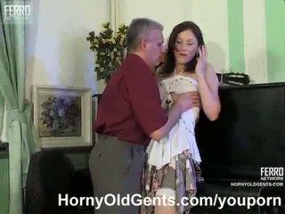 Küpsemad muusika õpetaja fucks tema õpilane