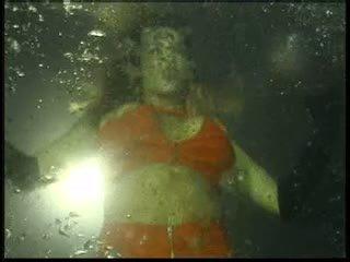 Underwater Lesbian Show