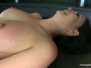 Angell Summers Has Her Bust And Clam Stimulated