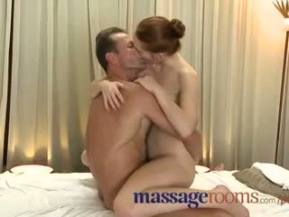 Massage rooms incredible jeune femme serviced puis creampie
