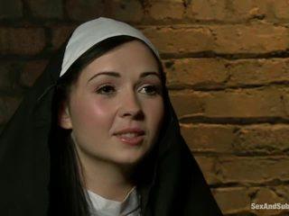 গ্রীষ্মকালে, দাসত্ব, nun