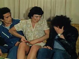 El fontanero su mujer y otras cosas de meter 1981: porno 15