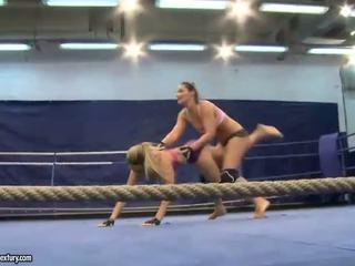 Aleska Diamond vs Lana S