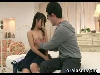 יפני תלמידת בית ספר wants ל יש לי סקס