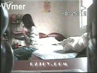 Nanny kamera catches žena