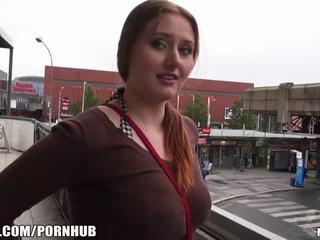 Mofos - κόκκινος μαλλιά, μεγάλος βυζιά