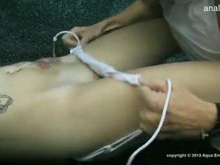 Голям бюст gf accidental анално