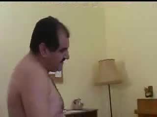 Τούρκικο πορνό sahin aga oksan'a gotten vuruyor