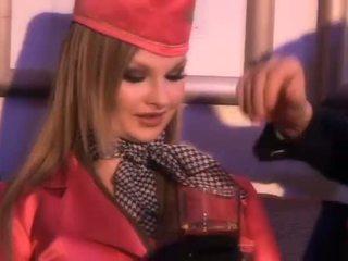 Glamour letuška sání jeden tuk pilots penis