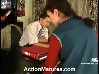 Compilatie de acțiune maturitate