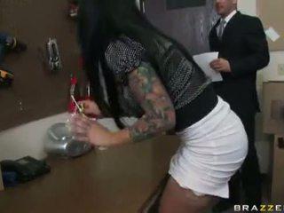 tits, blowjobs, enorme