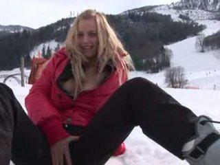 Eroberlin Anna Safina russian blond ski austria public