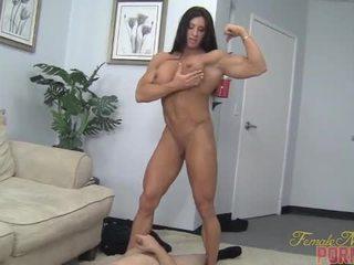 肌肉, 屈辱, 女