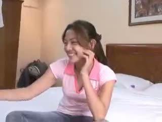 Filipina virgin gets deflowered on camera by ýoldan çykan