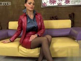 brunette, oral sex