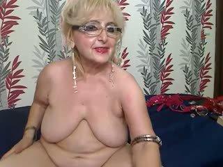 Babcia shows sama