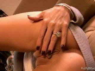 Kelly madison zabawki jej moist seksowne na the kanapa