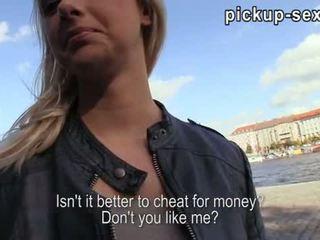 Eurobabe Monika screwed up with stranger for money