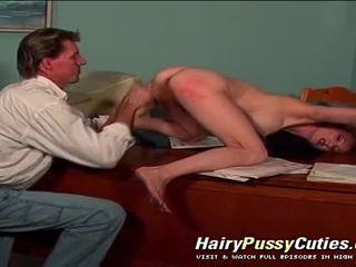 Anale vaginal & gola profonda hardcore azione in questo pelosa vagina rossa donna hardcore film
