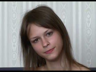 Beata undine interview, is ze russisch ?