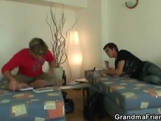 Two buddies sikme cüce götten jinekolojik