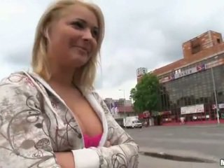 Amateur Czech girl Lana pounded for cash