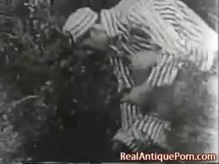 1915 مجنون قديم في الهواء الطلق الاباحية!