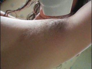 Szőrös armpits és punci