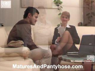 Martha ja sebastian läkkäämpi sukkahousut mov