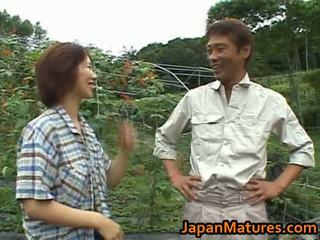 Chisato shouda एशियन मेच्यूर चिक gets