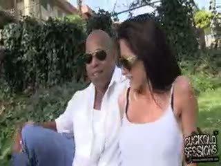 Randi Wright's Boyfriend Cuckold Slave Is Just A Walking,