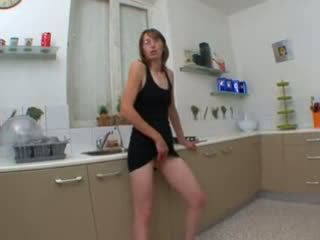 Chloé, french Housewife fucked in kitchen