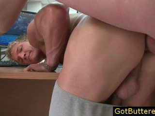 nice getting his cock sucked online