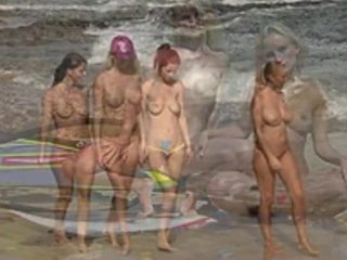 Nagie plaża moda pokaz
